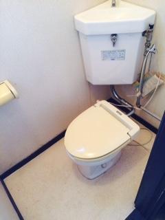 名寄市 ゴミ部屋 清掃後 トイレ全体