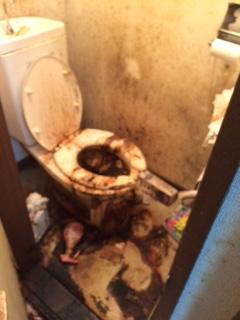 恵庭市 孤独死 トイレ清掃前