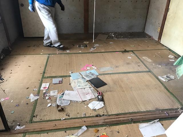 札幌市西区 生前整理 床清掃前 - 札幌特殊清掃物語~「明朗会計 ...