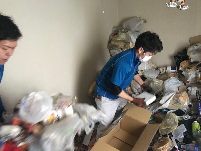 ゴミのお片付け風景イメージ