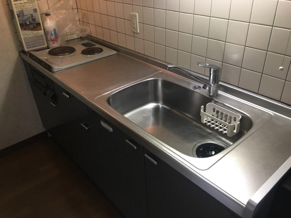 清掃後のキッチンシンク