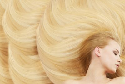 過酸化水素で髪が金髪に?