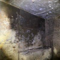 コンクリートの灯油シミ