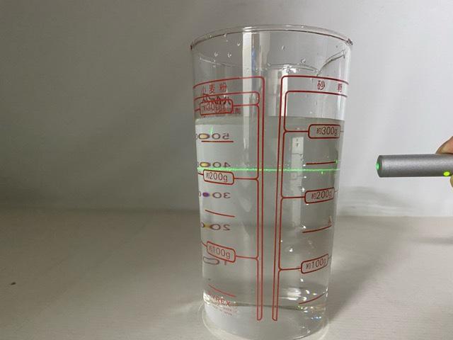 ナノバブル水 レーザー光