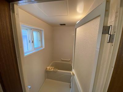 特殊清掃後の浴室